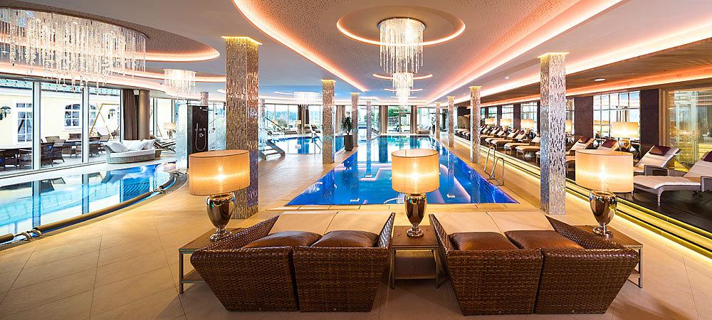 wellness im 5 sterne hotel bayern wellnesshotel mit nordic walking im bayerischen wald. Black Bedroom Furniture Sets. Home Design Ideas